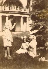 Sima after the ceremony of first communion with Helena Orlowska, 1945