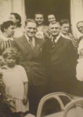 From the left: Inka, Stanislawa Roztropowicz the last on the right, about 1946, Niedzica