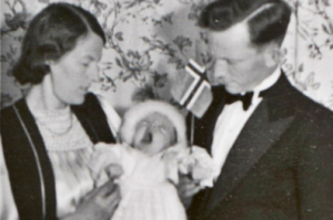 Rolf Alexander Syversen with his wife and son